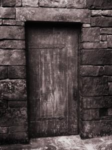 puerta_negra